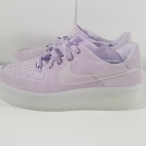 Nike Wmns Air Force 1 Sage Low lx violet mist